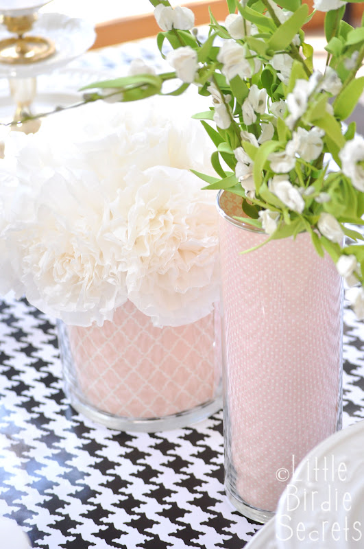 custom vases for wedding shower or holiday centerpieces over at Make and