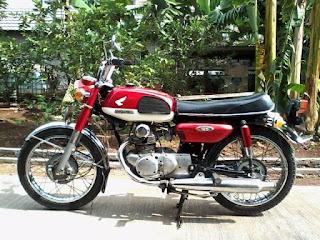 Honda CB125 1971 DIJUAL