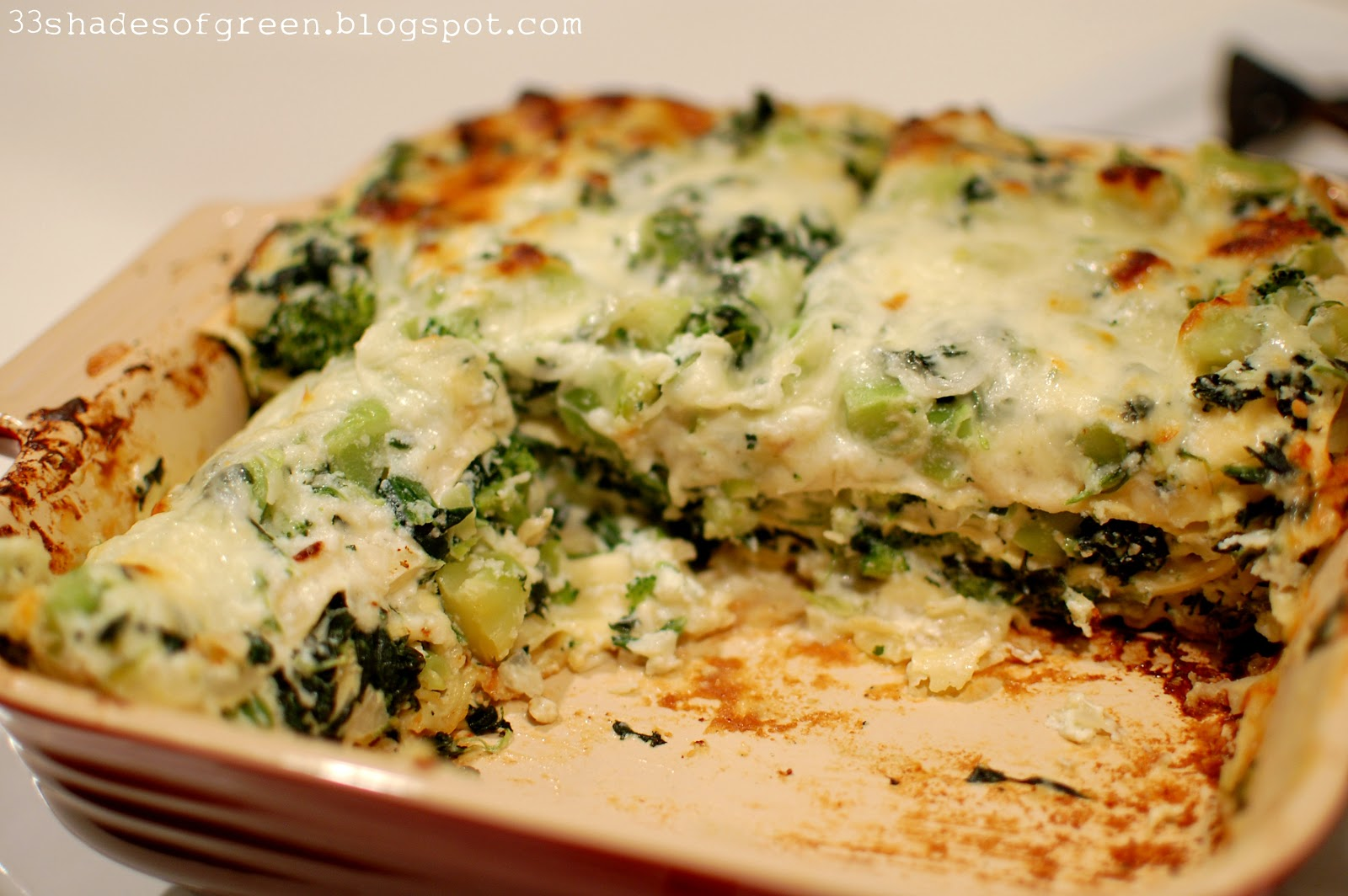 33 shades of green tasty tuesdays spinach broccoli lasagna. Black Bedroom Furniture Sets. Home Design Ideas