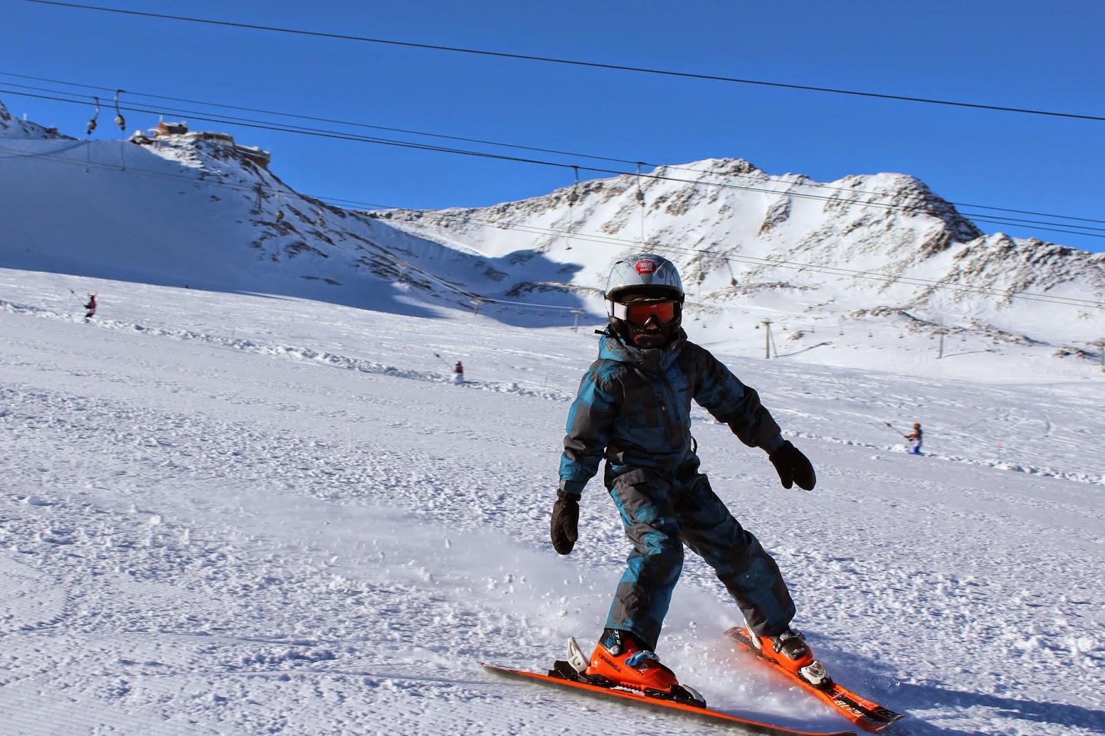 dzieci na nartach, jak uczyć dzieci jazdy na nartach, ski italia, włochy narty, gwarancja pogody, snow