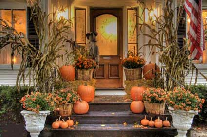 The Finishing Touches: Weekend Inspiration: Welcoming Fall Front Entry