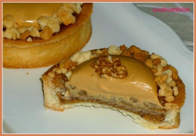 image - Tartelettes aux pommes, noix et crème au caramel-decoupe