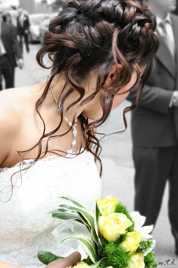 модные свадебные прически 2009 фото