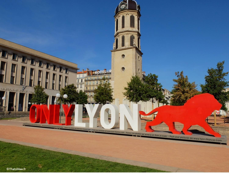Visite Lyon Only Lyon sculpture place Bellecour Amsterdam ThatsMee.fr