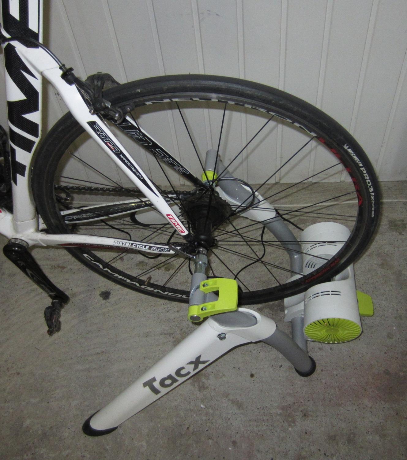 L'entrainement Cycliste Par La Puissance: TEST TACX VORTEX