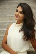 Neha deshpande glamorous photos-thumbnail-19