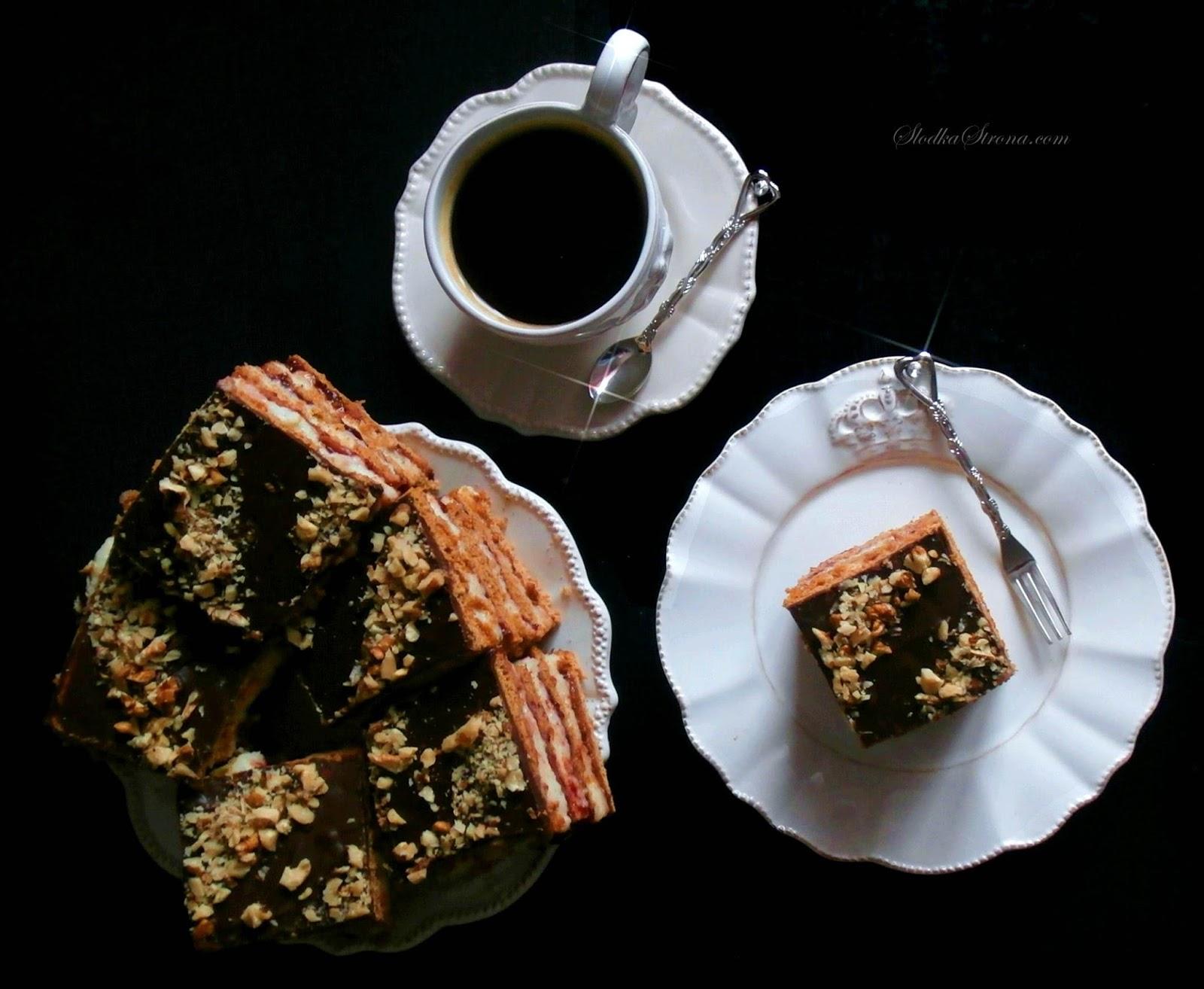 Ciasto Piernikowe z Kaszą Manną i Powidłami Śliwkowymi - Przepis - Słodka Strona