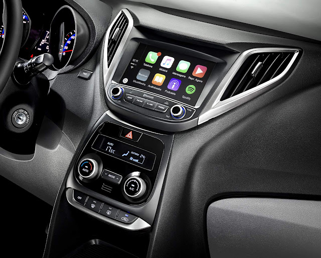Novo Hyundai Hb20S 2016 - interior - central multimidia