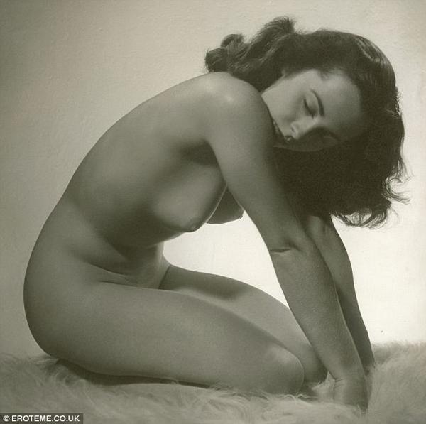eliza taylor naked