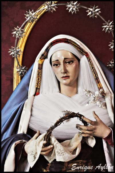 Nuestra Señora del Carmen en sus Misterios Dolorosos semana Santa de Sevilla 2014