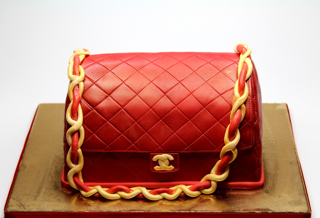 london patisserie chanel handbag birthday cake for girl. Black Bedroom Furniture Sets. Home Design Ideas