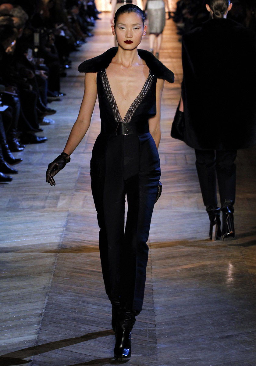 runway yves saint laurent autumn winter 2012 2013 rtw cool chic style fashion. Black Bedroom Furniture Sets. Home Design Ideas