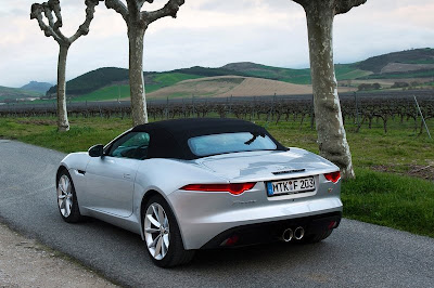 2014-Jaguar F-Type