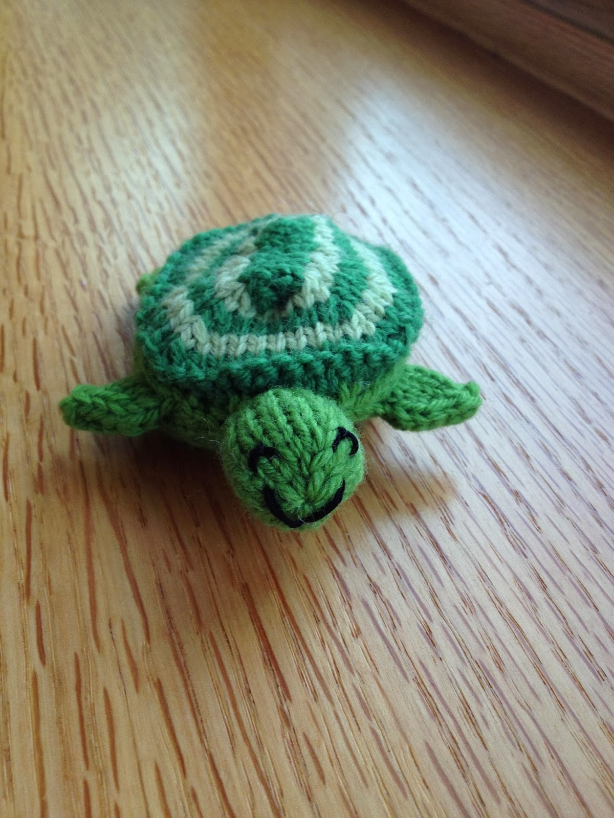 Knitted Turtle Pattern : Susan B. Anderson: Freebies!