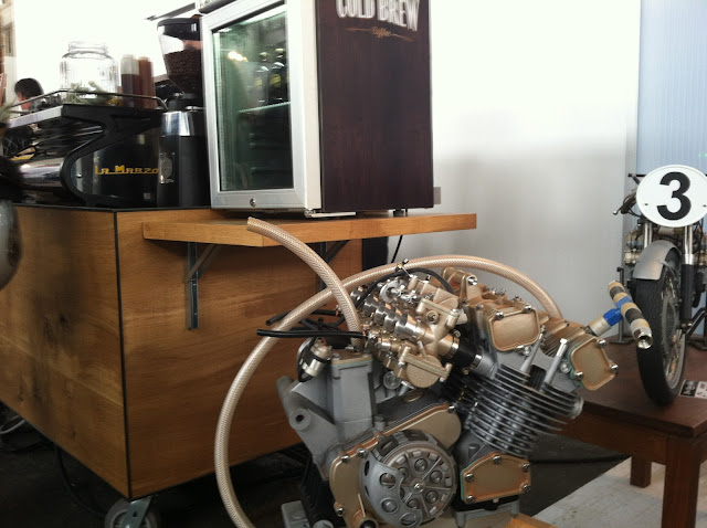Very small six-cylinder motorcycle engine