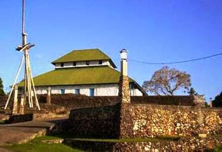 Wisata Religi Masjid Buton Bau-Bau