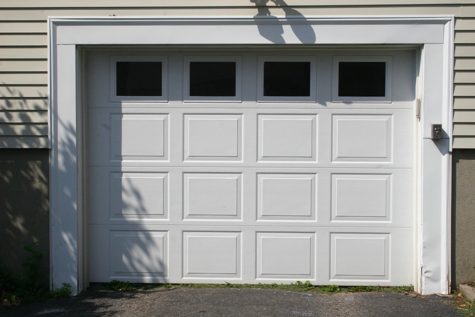 test: adding character to your plain garage doors