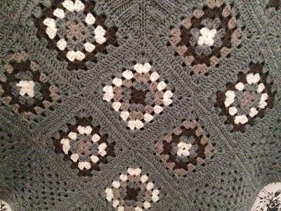 poncho hæklet af lapper