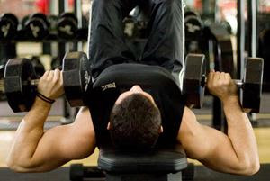 4 Kesalahan dalam Latihan Angkat Beban