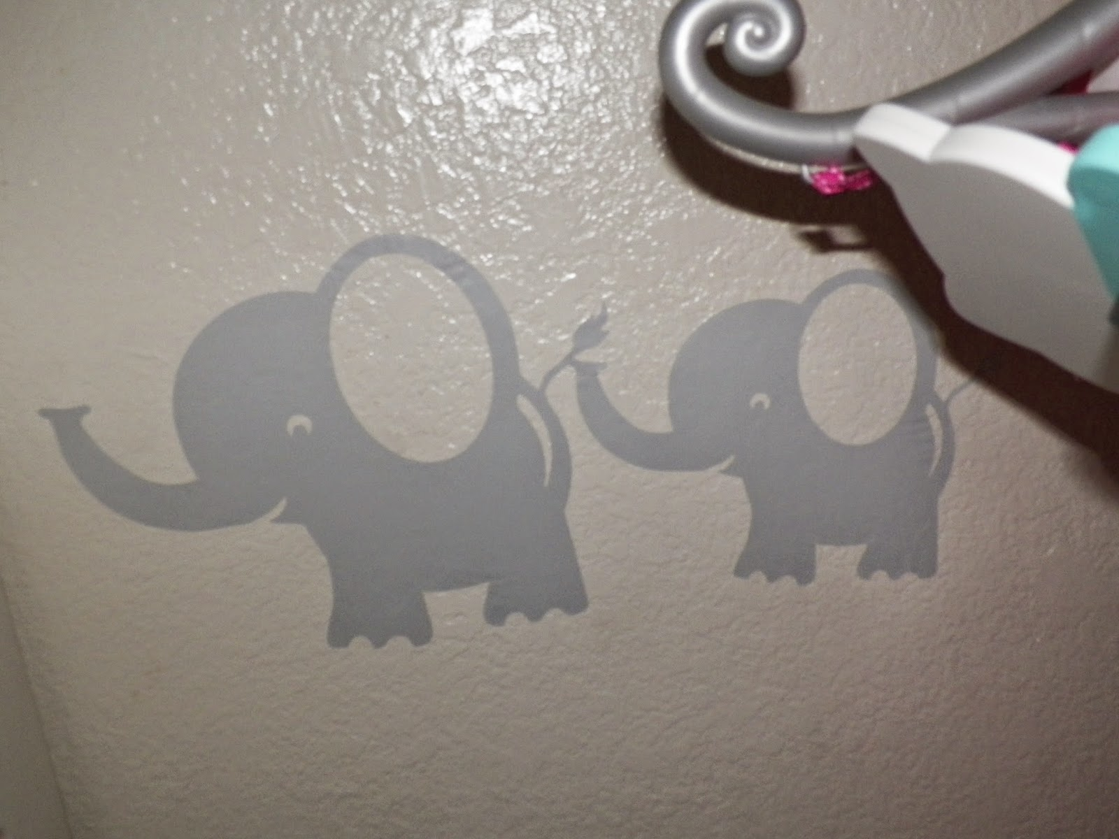 BobeeMomma&BabyElephantDecals.jpg