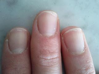 Comment bien limer ses ongles pour des mains parfaites nailartangel - Comment bien se couper les ongles ...