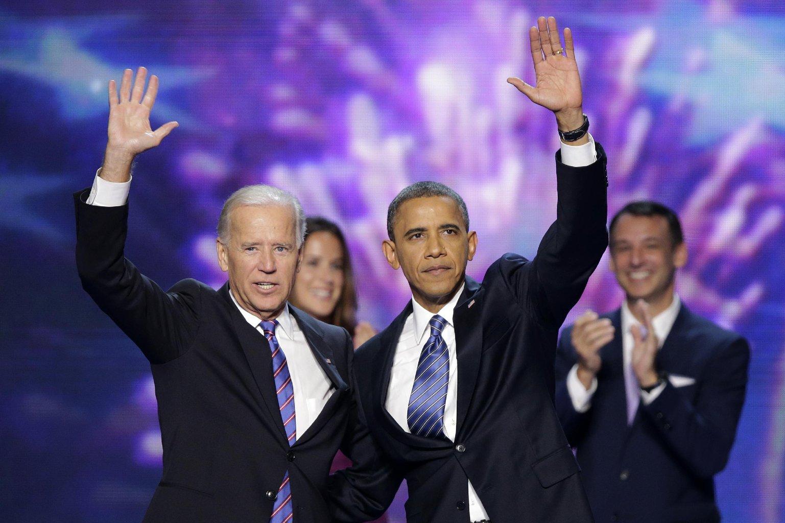 http://1.bp.blogspot.com/-7nOo2wvAT2s/UEn2gCKZVCI/AAAAAAAARe8/Er6aJw-hDfI/s1600/obama-biden.jpg