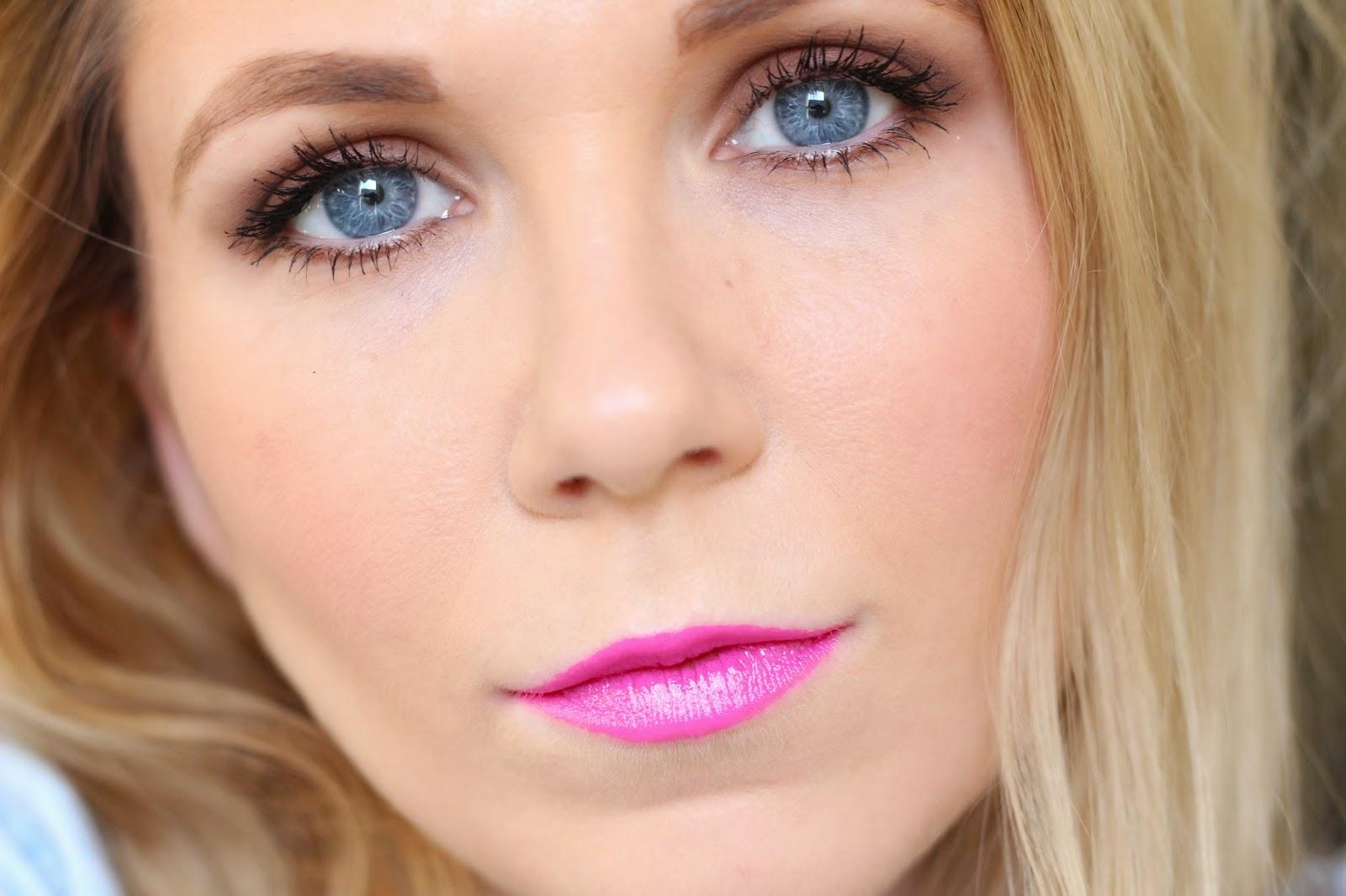 MAC Lipstick in Candy Yum-Yum Review