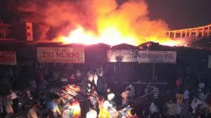 Pasar Cik Puan Pekanbaru Hangus Dilalap Si Jago Merah