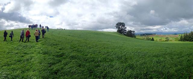 Quang cảnh một góc của trang trại rộng gần 500ha của gia đình Bennett.