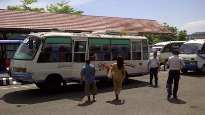 Bus Manado Tomohon