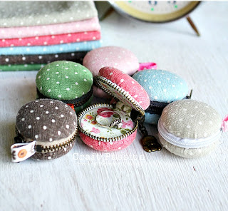 image macaron purse