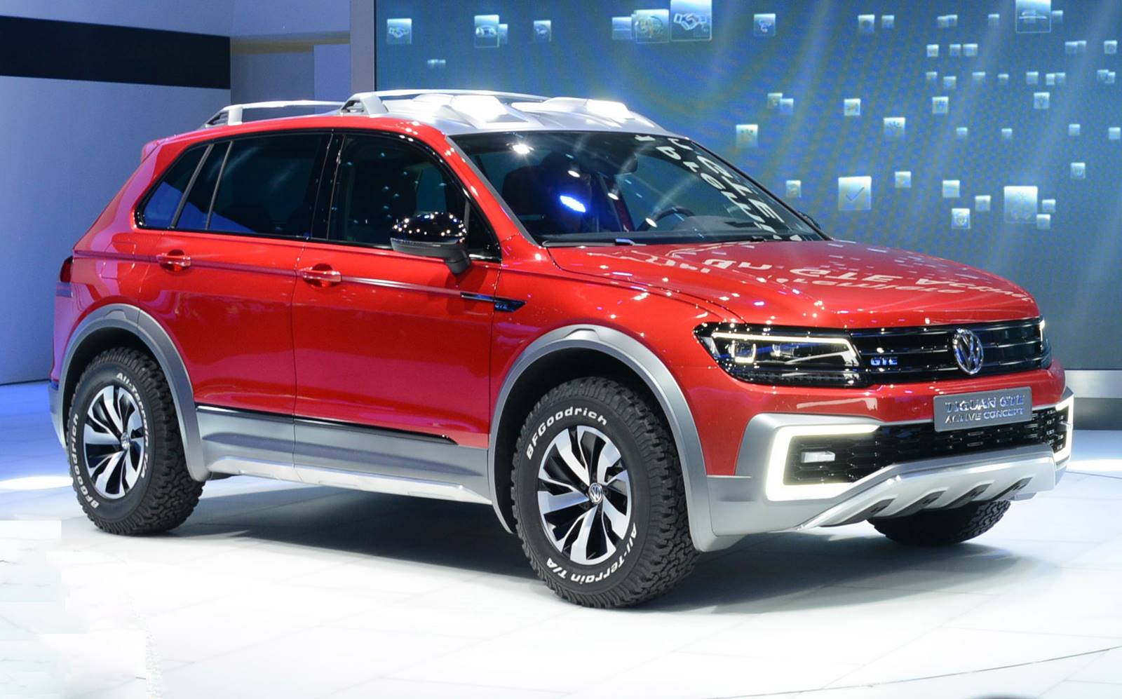 vw tiguan gte h brida apresentada no sal o de detroit car blog br. Black Bedroom Furniture Sets. Home Design Ideas