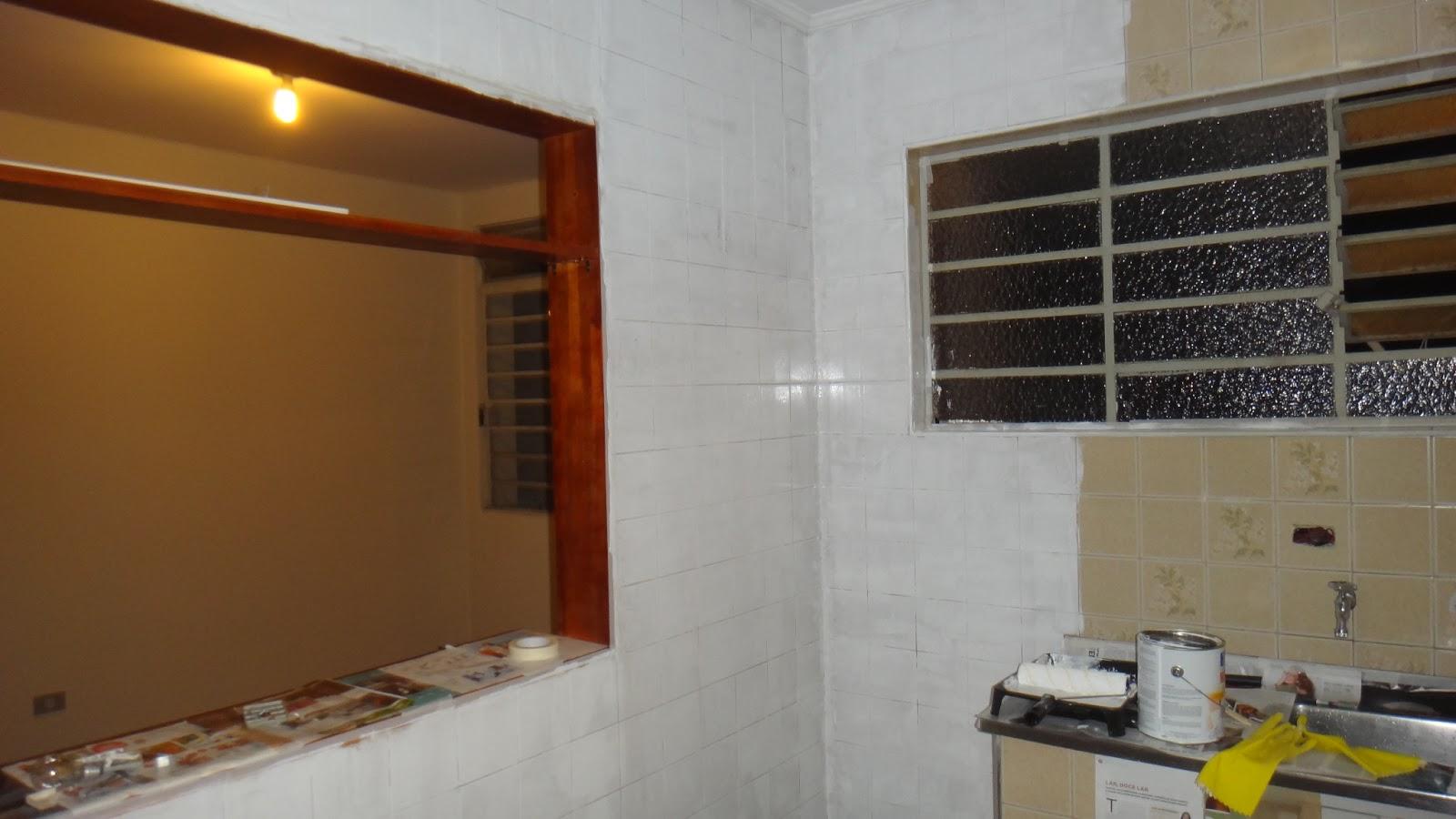 se esta casa fosse minha!?: SOS Cozinha! Pintando azulejos  #B0841B 1600x900 Banheiro Azulejo Ou Tinta