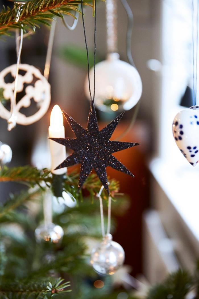 Decoracion del arbol de Navidad estilo nordico