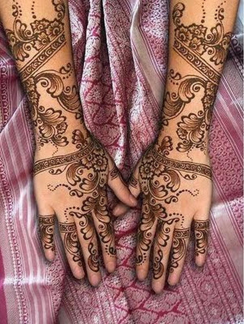 Mehndi Design New : Mehndi style latest arabic designs for hands