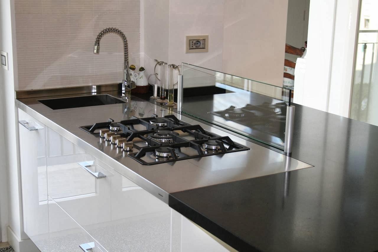 Alberto sozzi store manager and senior interior designer - Divisorio per ripiano cucina ...