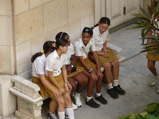 uniforme scolaire des jeunes