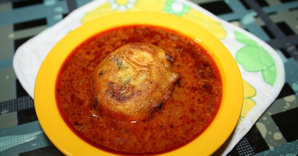 a2zindianrecipes: Kolhapuri Kat Vada / Spicy Curry with
