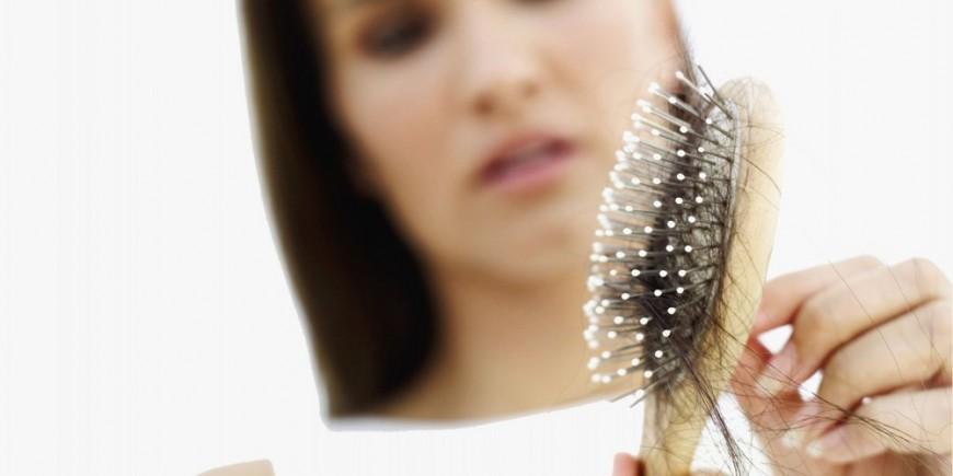 La máscara para los cabellos con la mostaza por el aceite de bardana y el azúcar