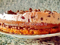 Tort cu creme de visine si de ciocolata preparare reteta