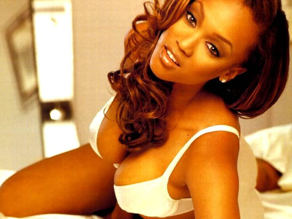 Tyra Banks Bikini Wallpapers Celebrity