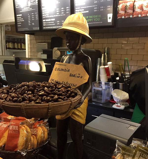 Starbucks usa garoto negro africano como símbolo do café