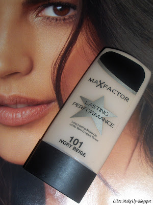 Max Factor Performance Foundation