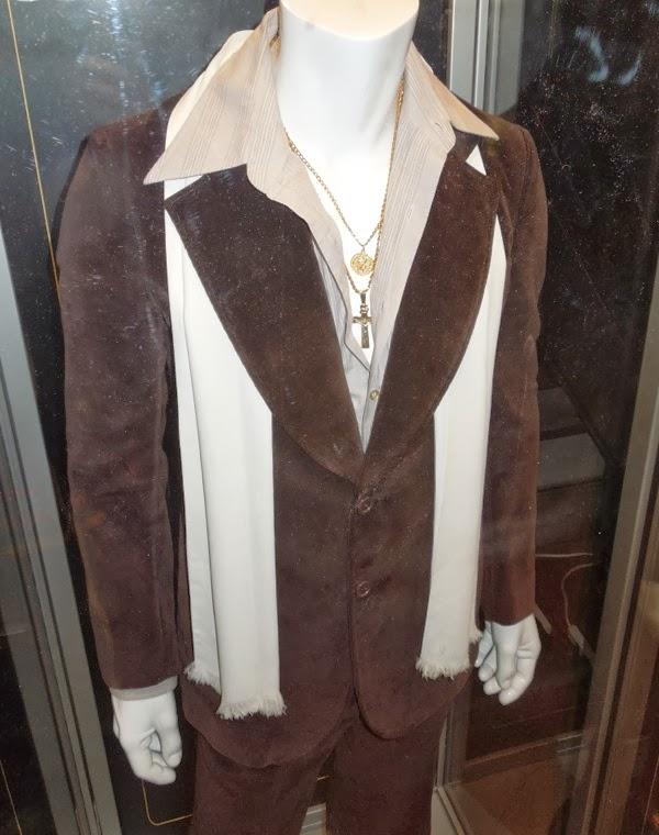 Bradley Cooper American Hustle costume