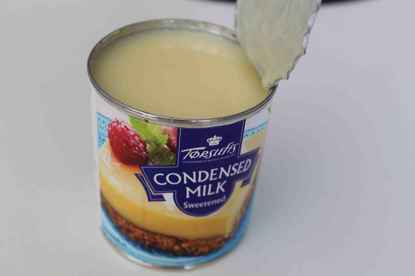 kolasås kondenserad mjölk