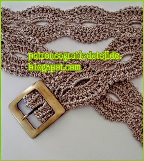 Cinturón tejido con ganchillo con hebilla de bronce