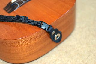 Neotech ukulele strap connector