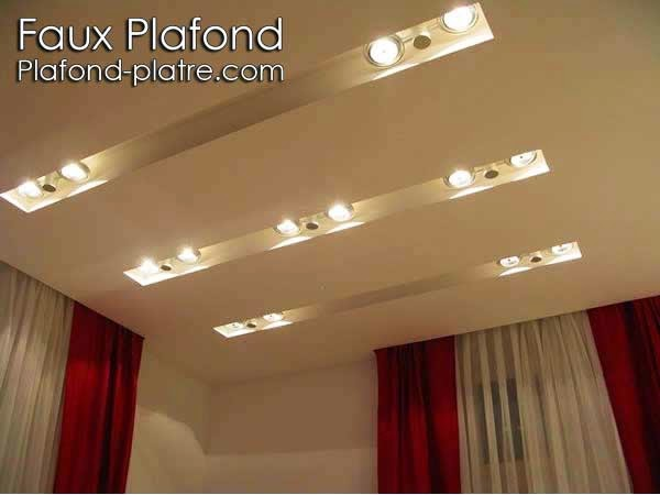 Decoration platre plafond simple for Faux plafond tendu
