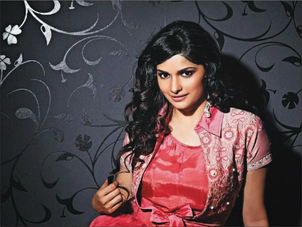 Prachi Desai HD Wallpaper