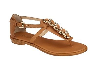 Calza tus pies con las sandalias más bonitas.